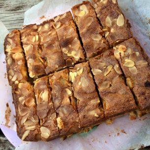 Shortbread fruit & almond slice