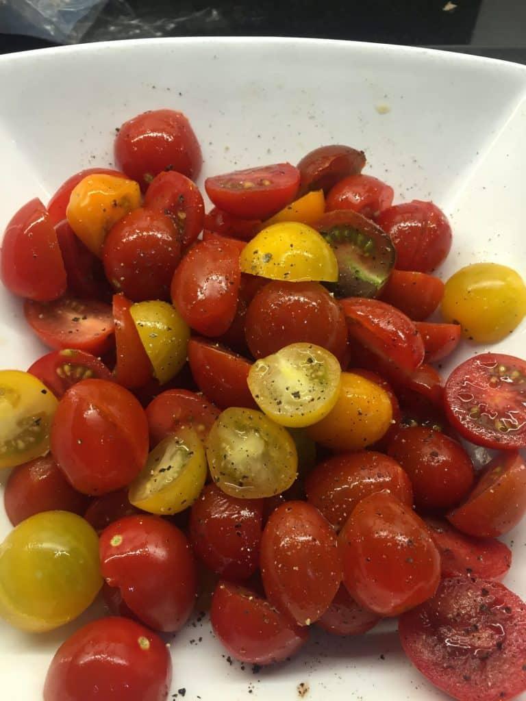 Easy Peasy Tomato & Mozzarella Salad