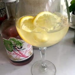 Rhubarb GinGinge Cocktail!