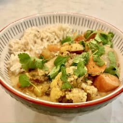 Easy Vegetable Curry served