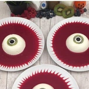 Halloween Jelly Eye Desserts