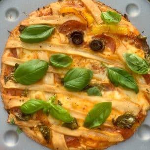 Halloween Pizza – Halloween Party Food